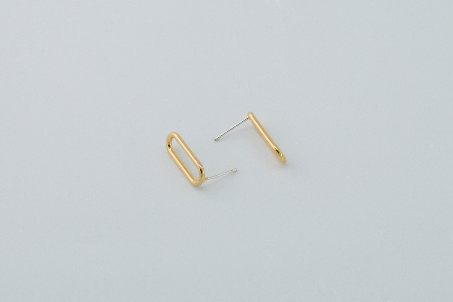 Simple oval earring w/ 925 silver post, T63-G1