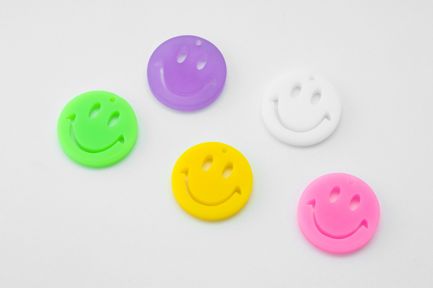 [V5-VC3] Large smile charm, Acrylic, Smiley face, Smile pendant, Necklace making, Unique charm, 2 pcs