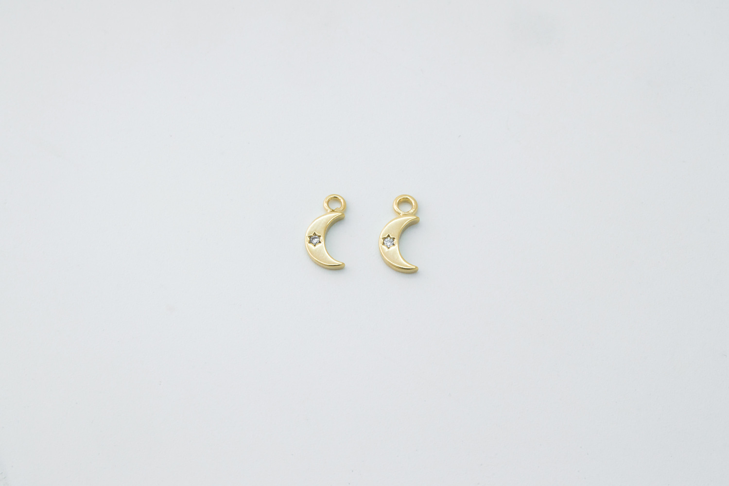 [N2-R7] Tiny crescent moon charm, Brass, CZ, Moon charm Necklace makings, Jewelry supplies, 2 pcs