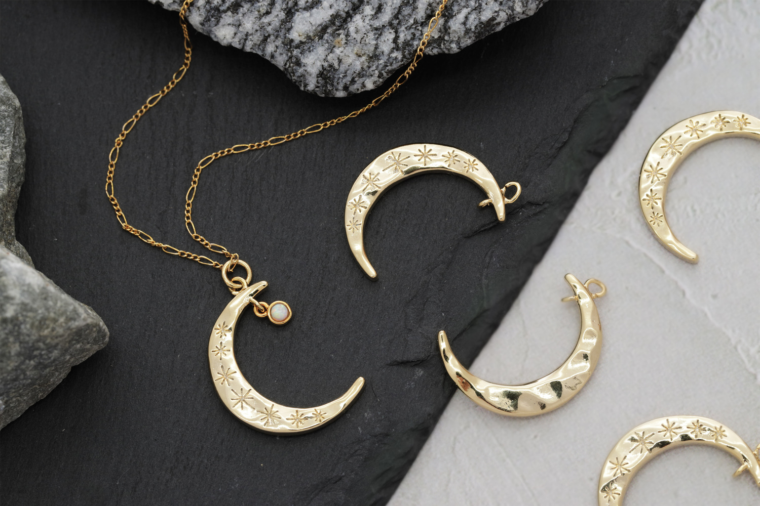 [N45-R2] Charm ONLY, Crescent moon charm w/ 2 loops, Gold plated brass, Jewelry making supplies, Necklace making pendant, 1 piece