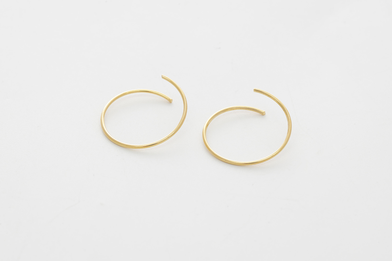 [S30-P3] Little Wire Hoop, Brass, Nickel free, Handmade jewelry, Hoop earrings, Wire earrings, Simple earrings