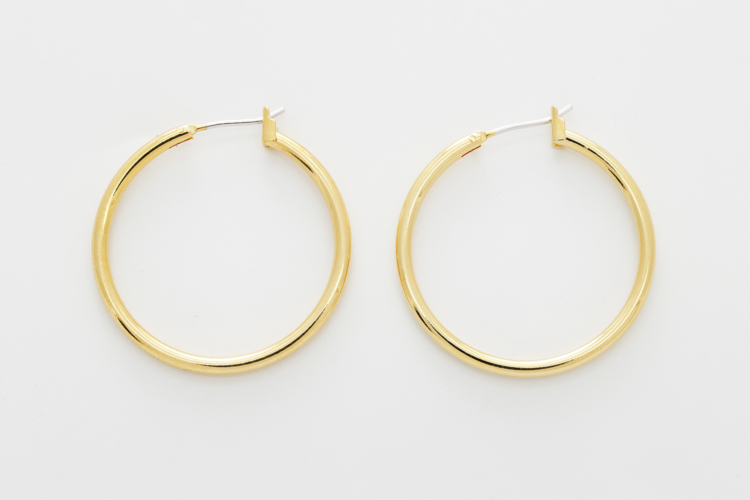 [T66-R1] Hoop Earrings, Brass, Stainless steel post, Nickel free, Simple earrings, Handmade jewelry, Round earring