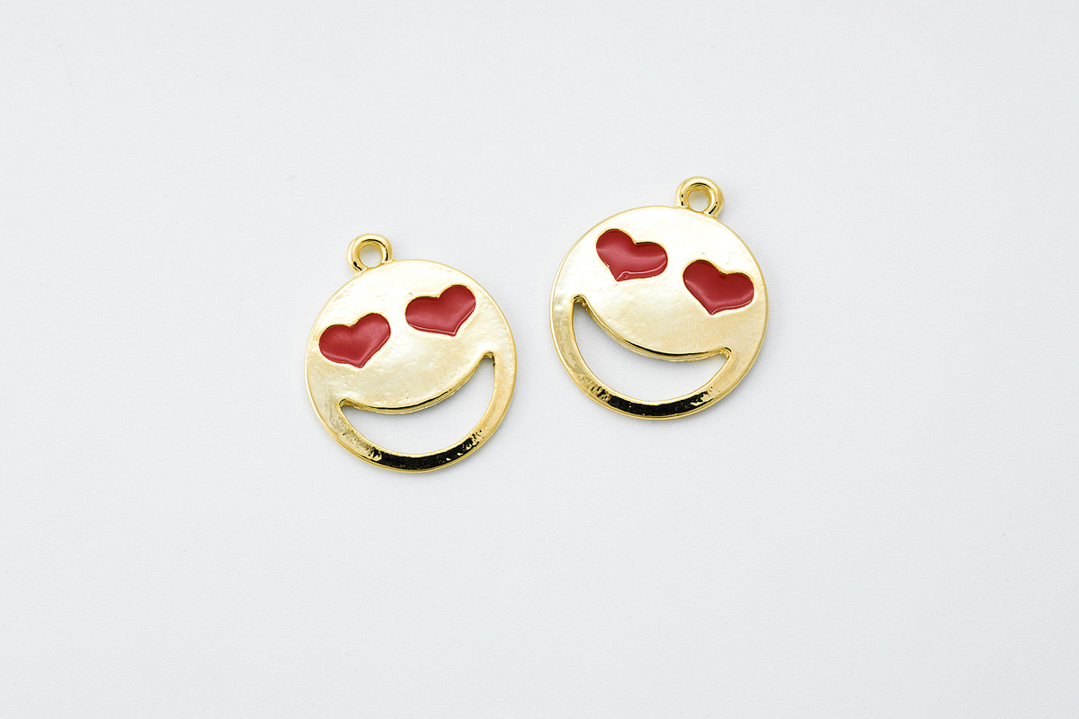 [V5-P8] Heart smiley face charm, Zinc alloy, Epoxy, Smile pendant, Necklace makings, Jewelry making supplies, 1 piece