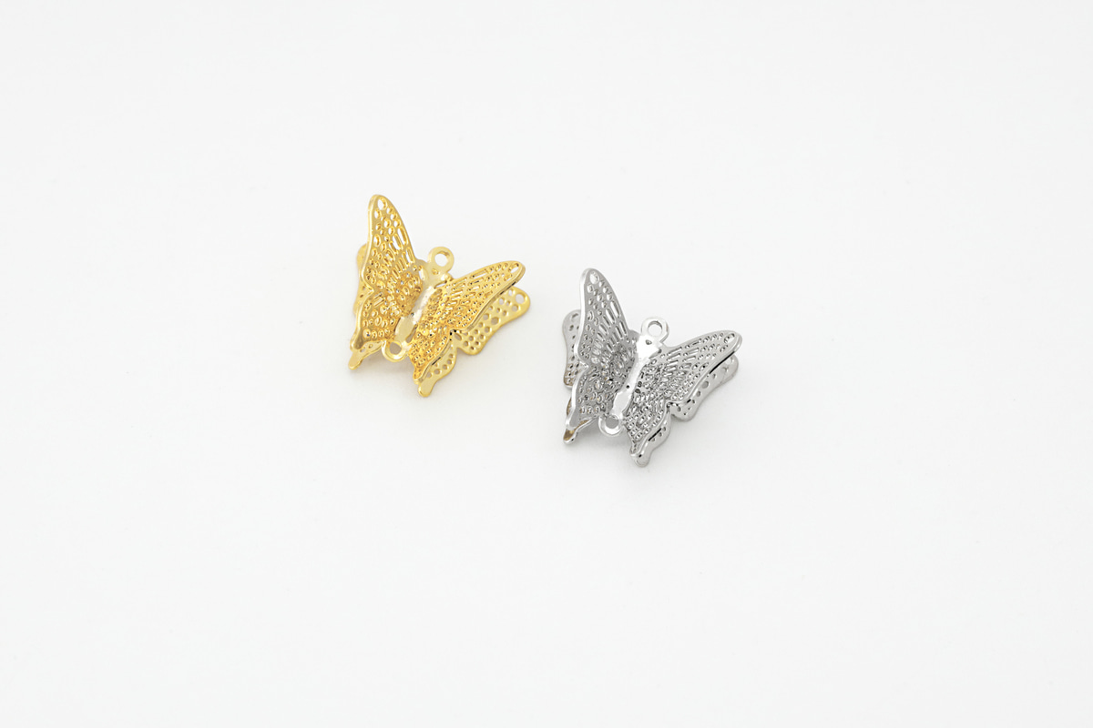 [S70-VC1] Stereoscopic butterfly charm, Brass, Nickel free, Butterfly pendant, Necklace makings, Butterfly jewelry, 2 pcs