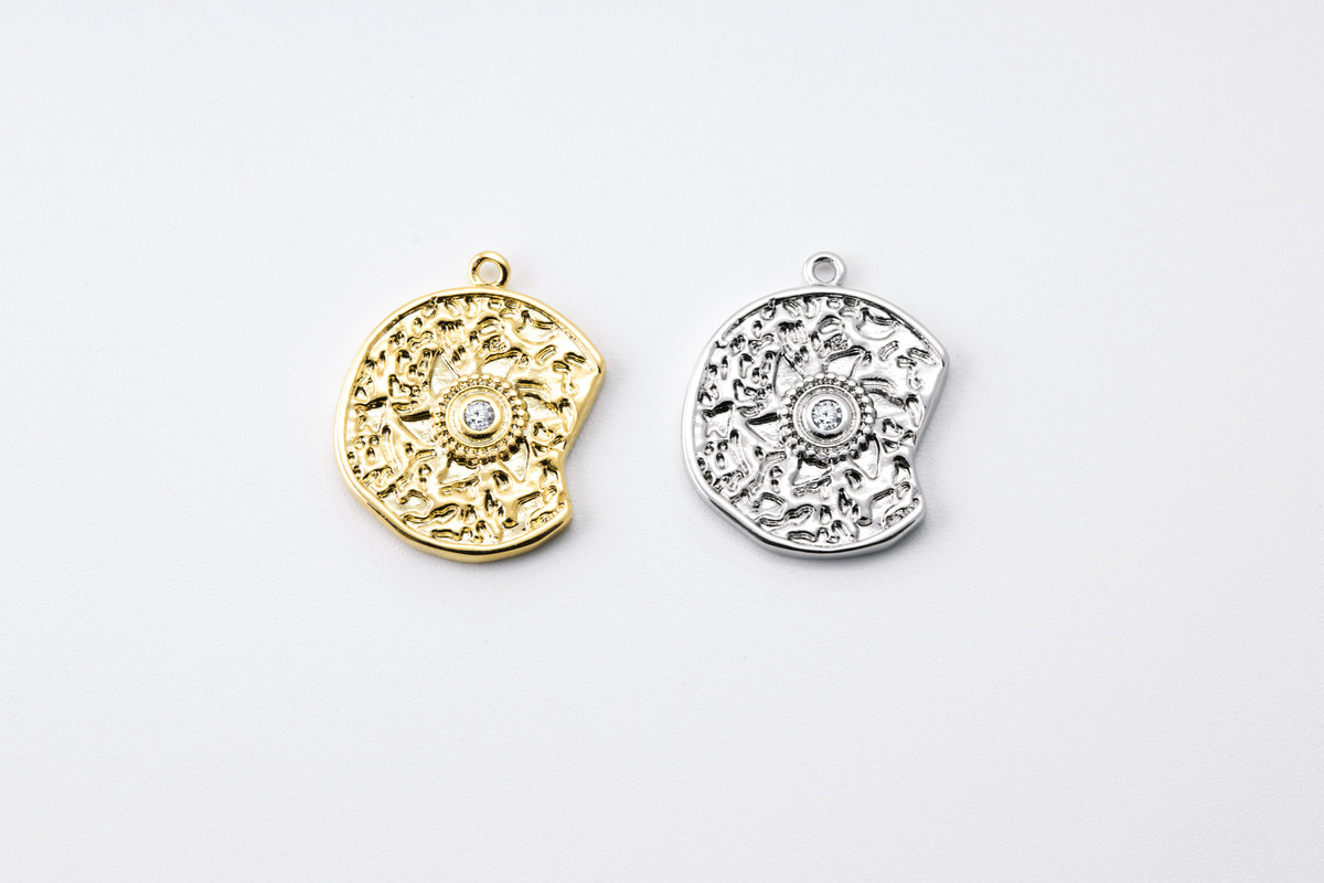 [Q5-VC3] Unique cubic charm, Brass, CZ, Nickel free, Antique pendant, Necklace makings, Jewelry making supplies, 1 piece